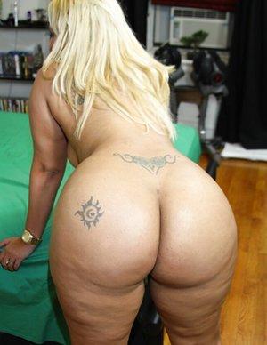 Chubby Round Ass Pics